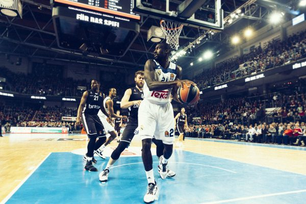 Small_2017-01-25_Brose_BAmberg_Real_Madrid_NBG-9421